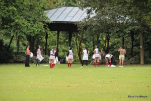 Singapore Botanical Gardens - Cheerleader Practice