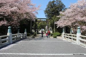 Entrance to Gokoku Shrine