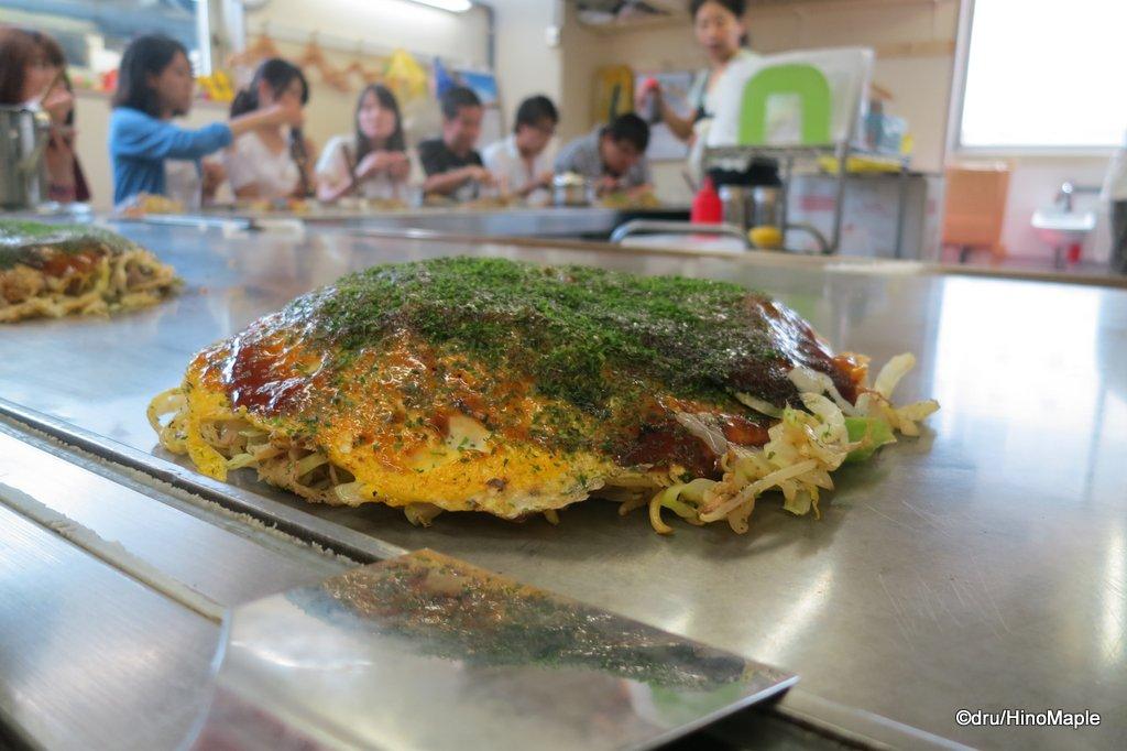 Hiroshimayaki at Keichan/Echan in Okonomimura
