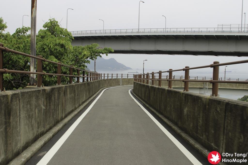 Approach of the Kurushima Kaikyo Bridge (Imabari Side - Downhill)