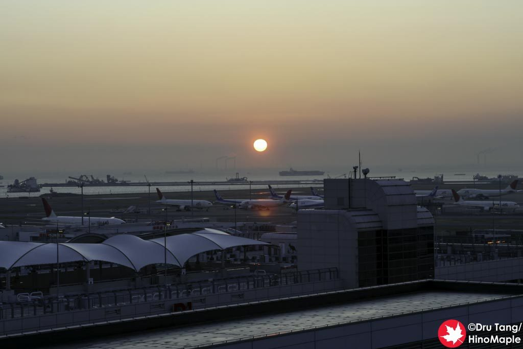 Sunrise from Haneda Airport (Terminal 1)